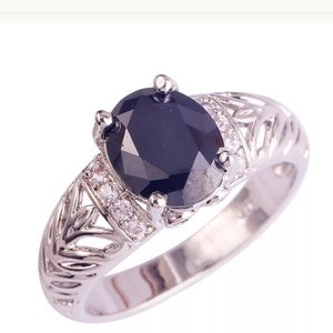 Jewelry - 925 sterling Black Spinel ring with Topaz